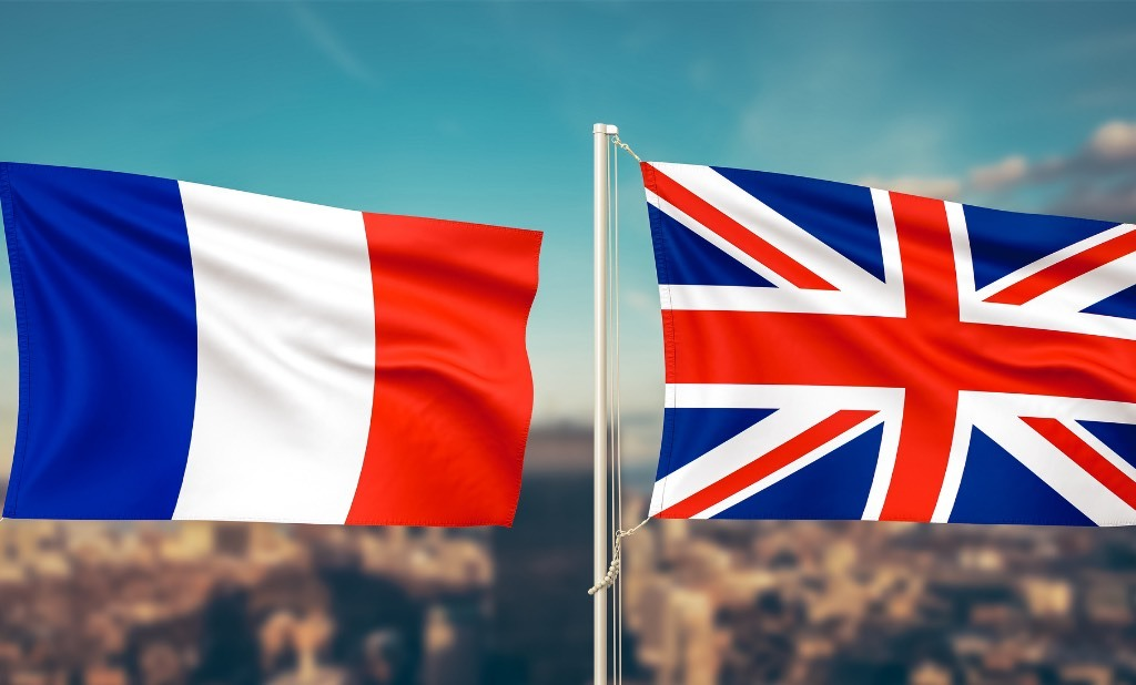 UK and France Sign New Deal to Block Passage of Migrants Across the Channel